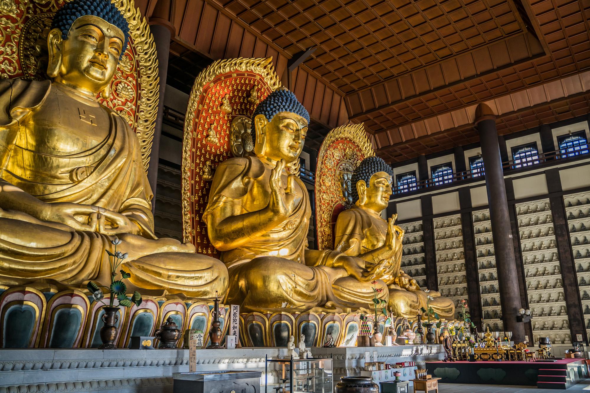 仏像の材質の多くは木材