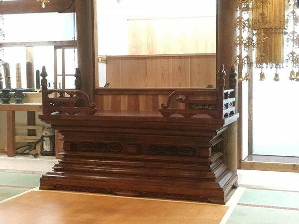 本堂改築工事 須弥壇の修理、設置