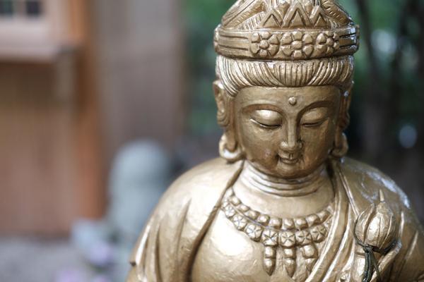 受注生産で高品質!日本製の仏像は一体何が優れているのか